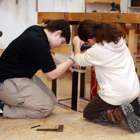 Ich kann was! – Interkulturelle Holzwerkstätten für Girls and Boys
