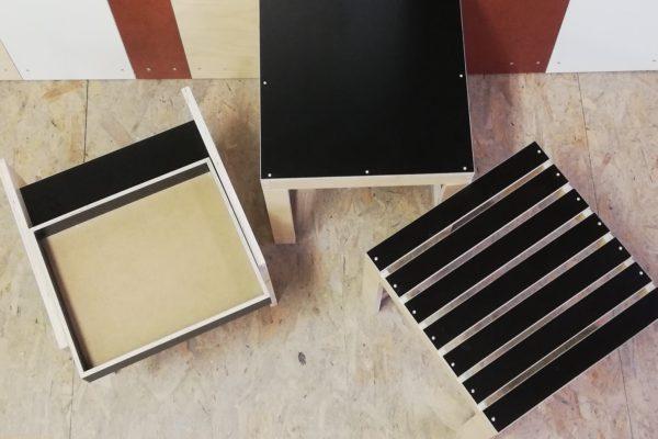 Hocker aus Restholz Prototypen aus Vogelperspektive